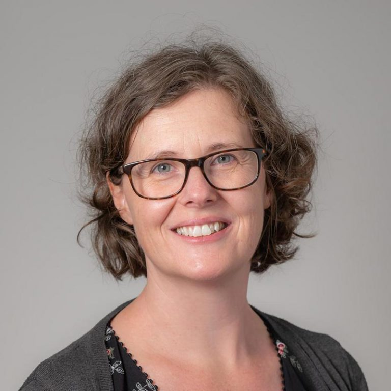 Dr Sarah James, general practitioner from GPs on Curzon, Doctor in Toowoomba